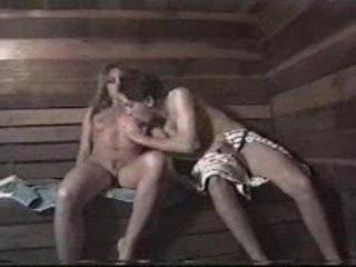 Hete seks in de sauna.