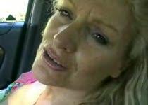 Deepthroat in de auto