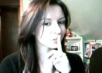 Heel stiekem gaat ze naakt voor de webcam