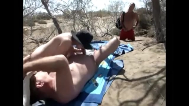 Een blowjob in de duinen
