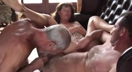 Bisex amateur trio