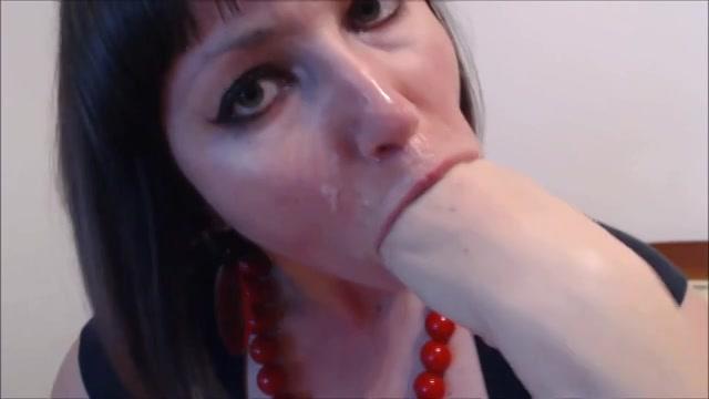 Kinky milf deepthroat haar vuist