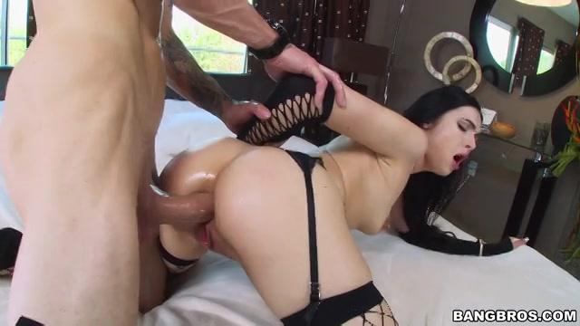 Ruwe sex in al haar natte gaatjes