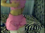 Lekker amateur webcam tienertje stript