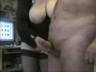 Oma en opa aan het sex cammen